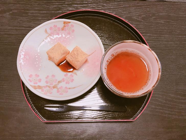 わらび餅と黒豆茶