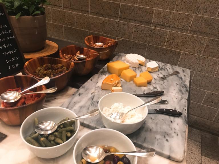 フレンチキッチンチーズコーナー
